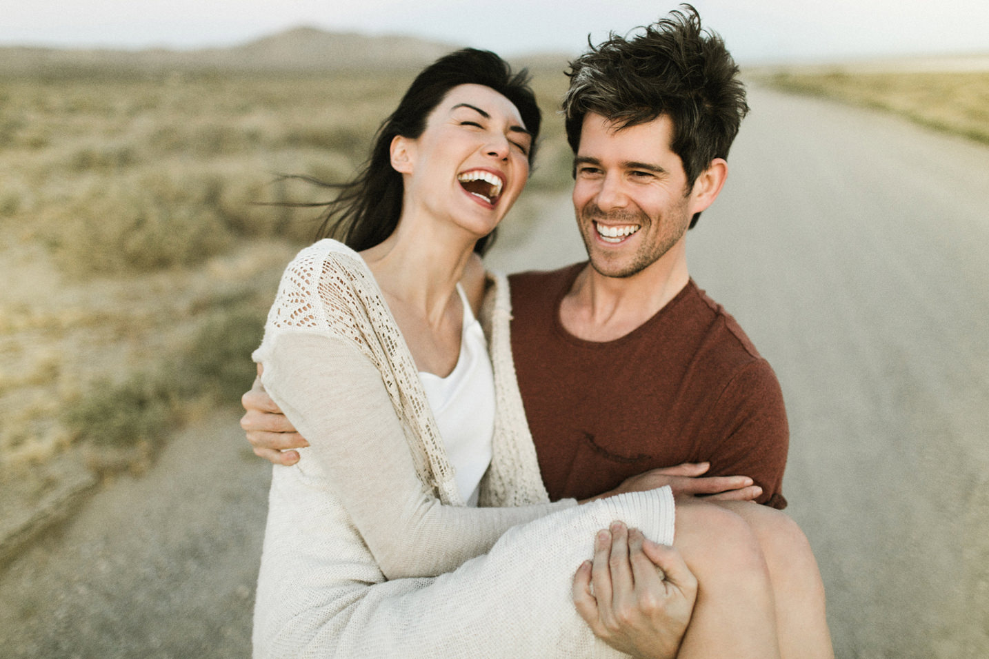 El Mirage Dry Lake Bed Couple Session / Ben Sasso